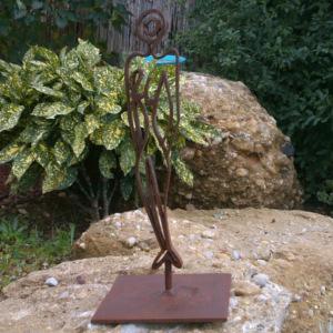 estatua señora de hierro 2